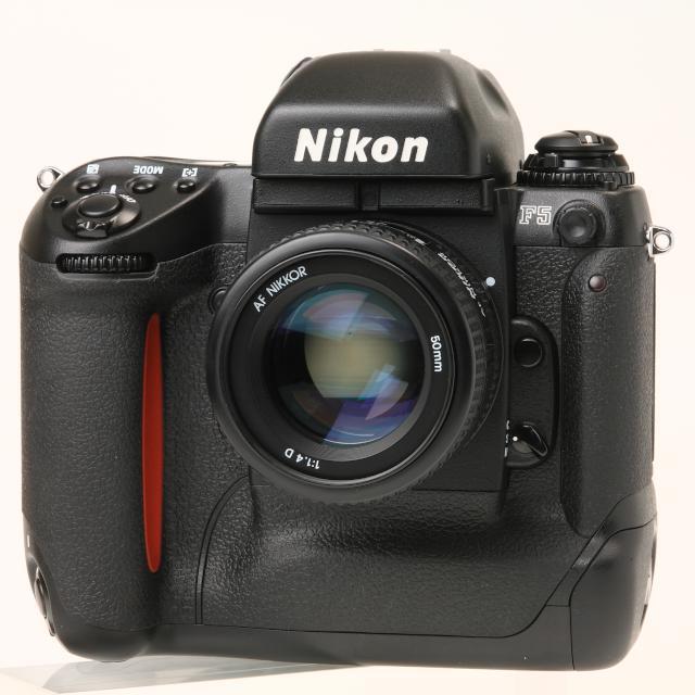 nikonf5-II.jpg