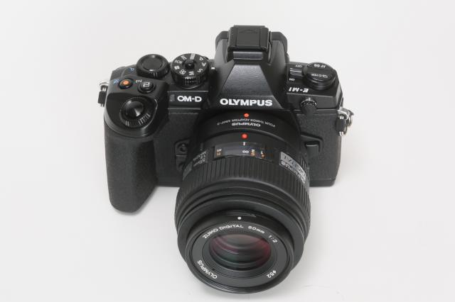 em1m50mm02.jpg